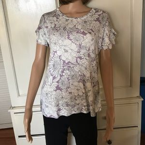 Women's Top Size Medium NWT